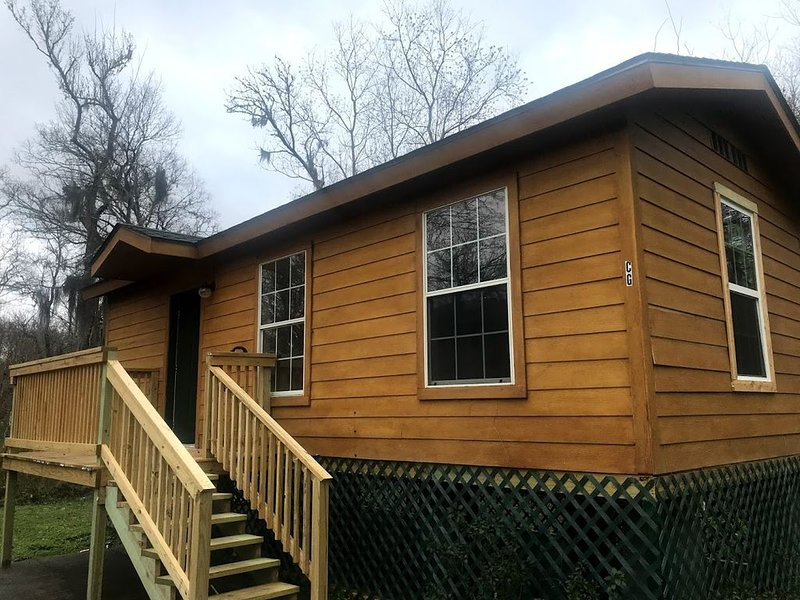 Cabin C2 / Relax and Enjoy, holiday rental in Ace