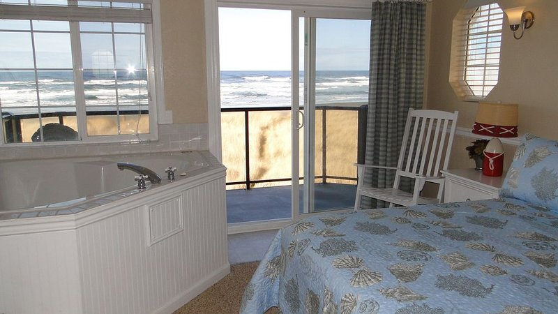 Beautiful Private End Unit – semesterbostad i Ocean Shores