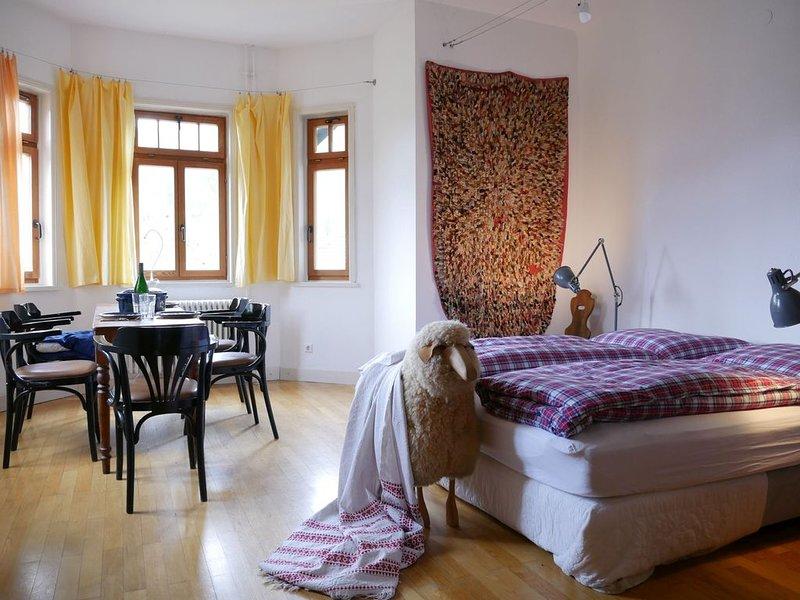 Ferienwohnung 2, 64 qm, 1 Schlafzimmer, max. 4 Personen, alquiler vacacional en Bad Wildbad