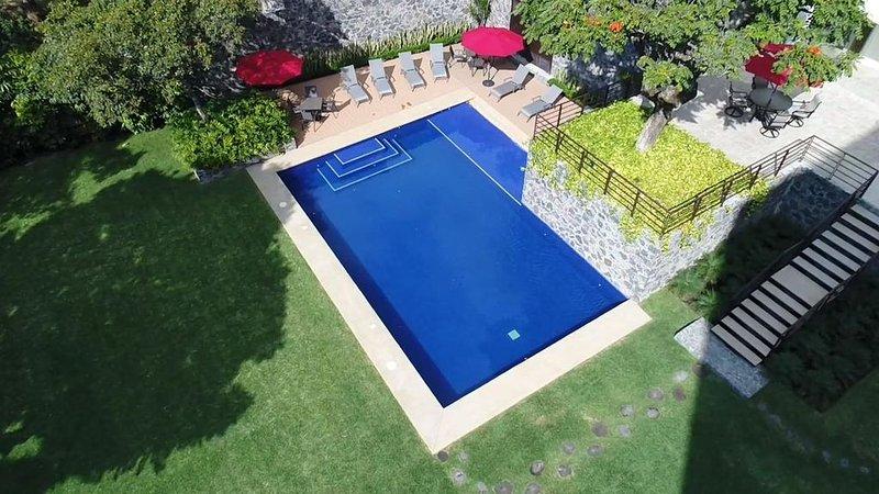 Increíble nuevo departamento con amenidades, alberca y jardín. 504, location de vacances à Morelos