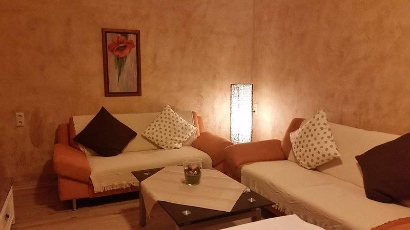Idylle am See - Gemütliche Wohnung für 4 bis 5 Personen, vacation rental in Baruth