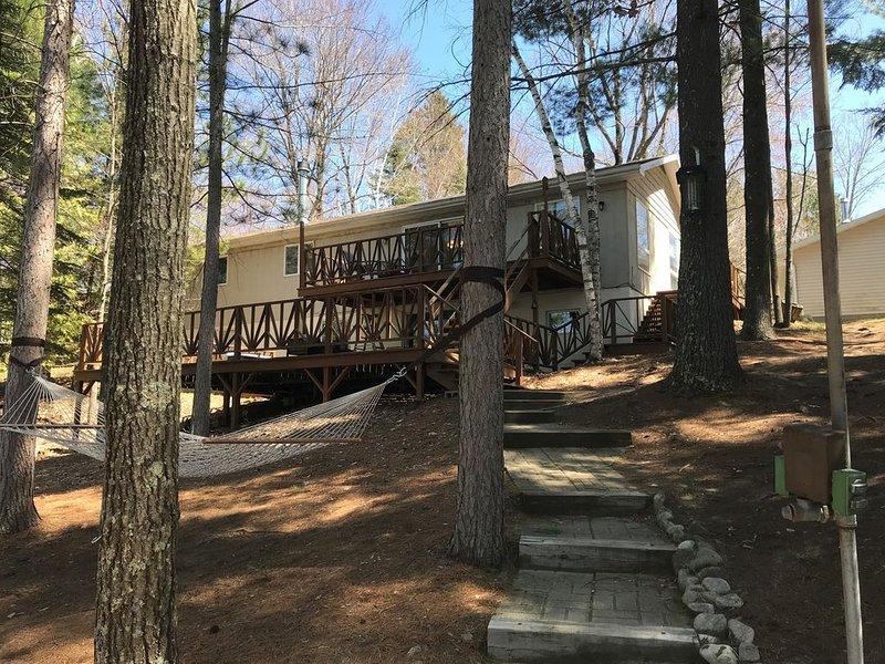 Enjoy your snowmobile trip at Wheeler Lake Family Retreat, casa vacanza a Lakewood