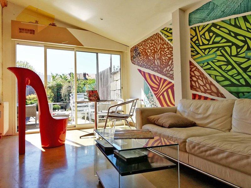 Maison spacieuse avec Jardin et Garage, vacation rental in Talence