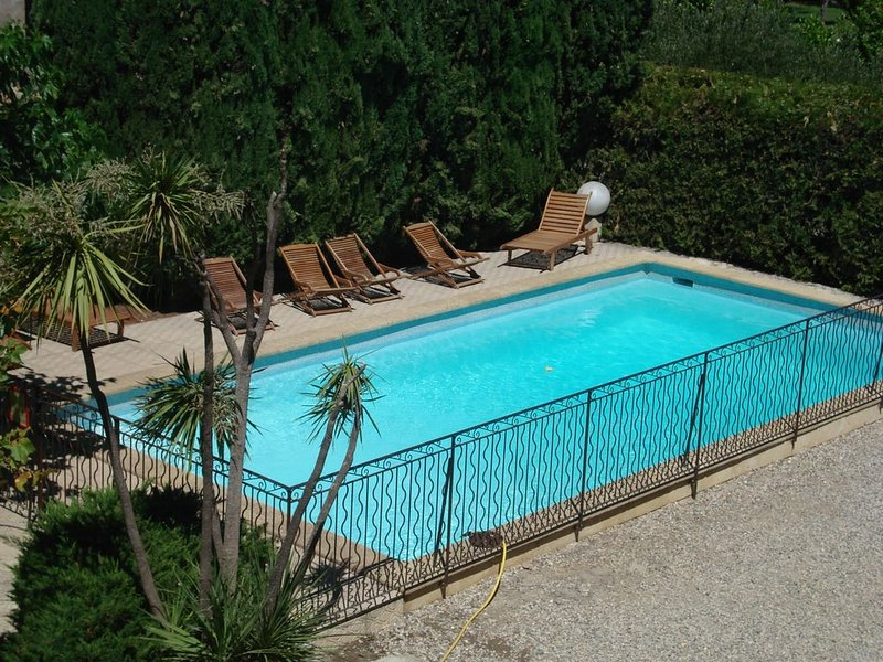 Dans Grande Propriété de caractère, 1 gîte  pour 6 à 10 personnes, location de vacances à Neffiès