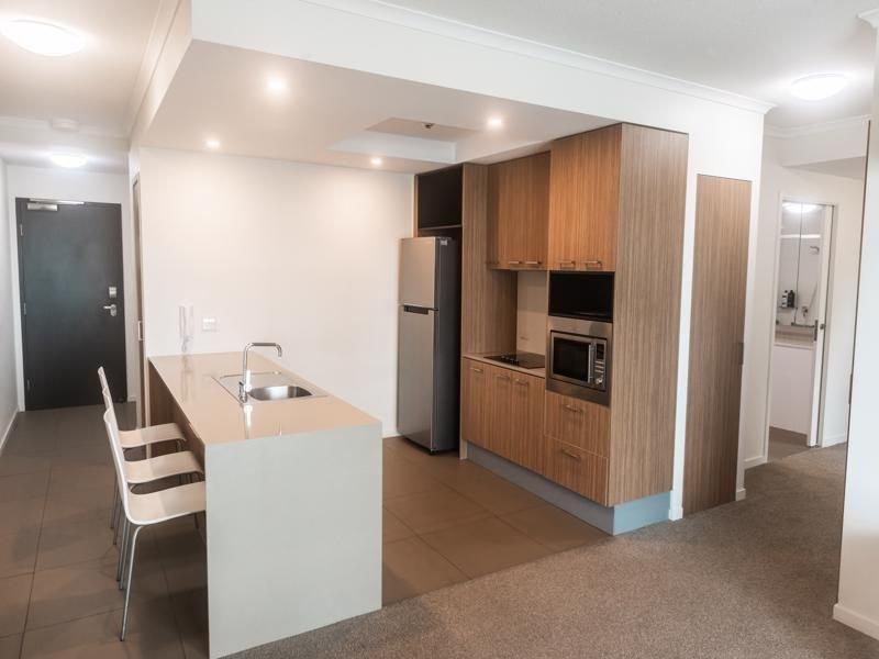 Modern 2 Bed Apt Wheelchair Friendly, holiday rental in Mackay