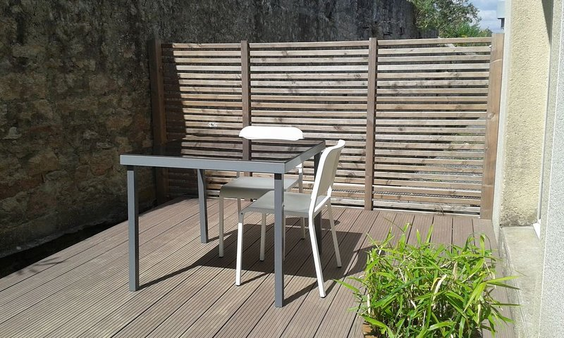 Appartement confort en centre ville, location de vacances à Saint-Jean-Trolimon