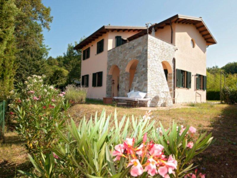 Villa Silvia, holiday rental in Villafranca in Lunigiana