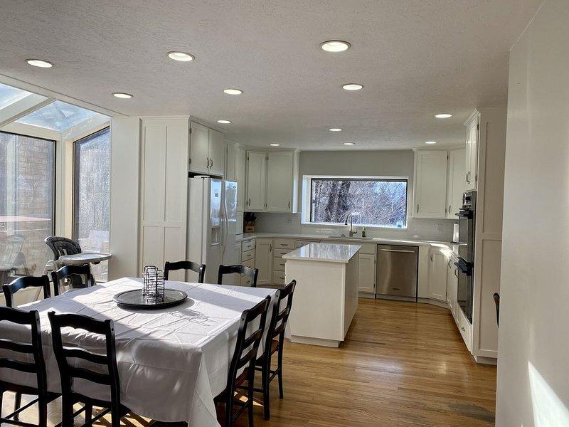 Newly remodeled large home near to BYU & Sundance, location de vacances à Mapleton