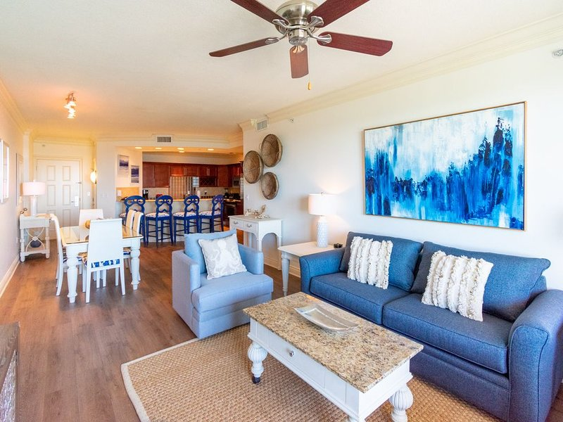 Stunning Remodel⭐Emerald Grande⭐Full 3 BR/3BA�️View of Crab Island, holiday rental in Niceville