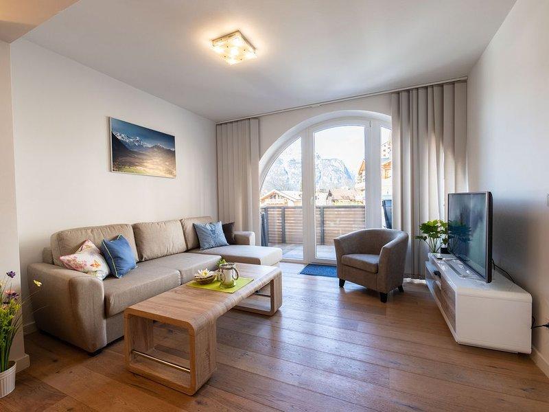 """Ferienwohnung """"Weitblick"""" im Neubauhaus in Garmisch-Partenkirchen mit moderner A, holiday rental in Garmisch-Partenkirchen"""