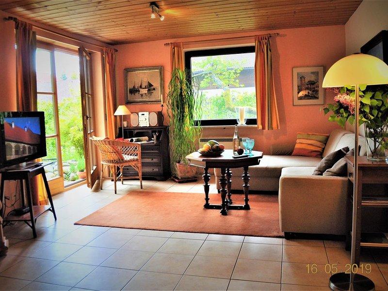Ferienwohnung mit 1 Schlafzimmer und Südwestterrasse, location de vacances à Trostberg an der Alz