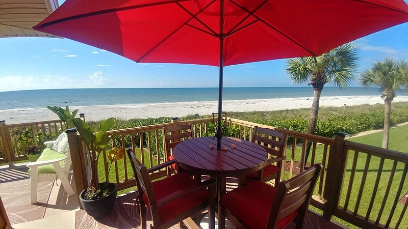 Old Florida Style - Directly On the Beach, vacation rental in Belleair Beach