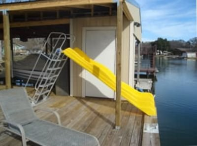 Waterfront house in a large quiet cove on Lake LBJ - SUP boards, kayak ., casa vacanza a Sunrise Beach