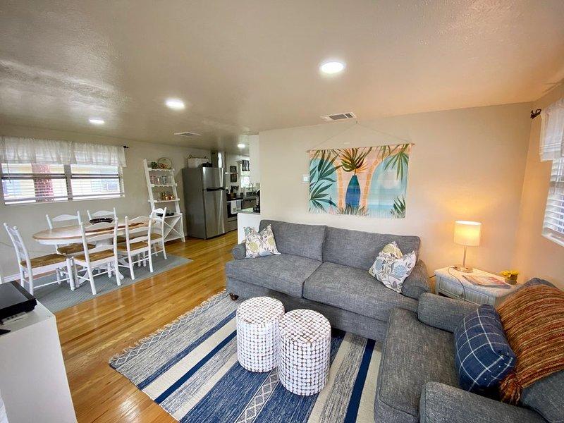 Harborview — Two Story Coastal-themed Cottage, location de vacances à Kemp