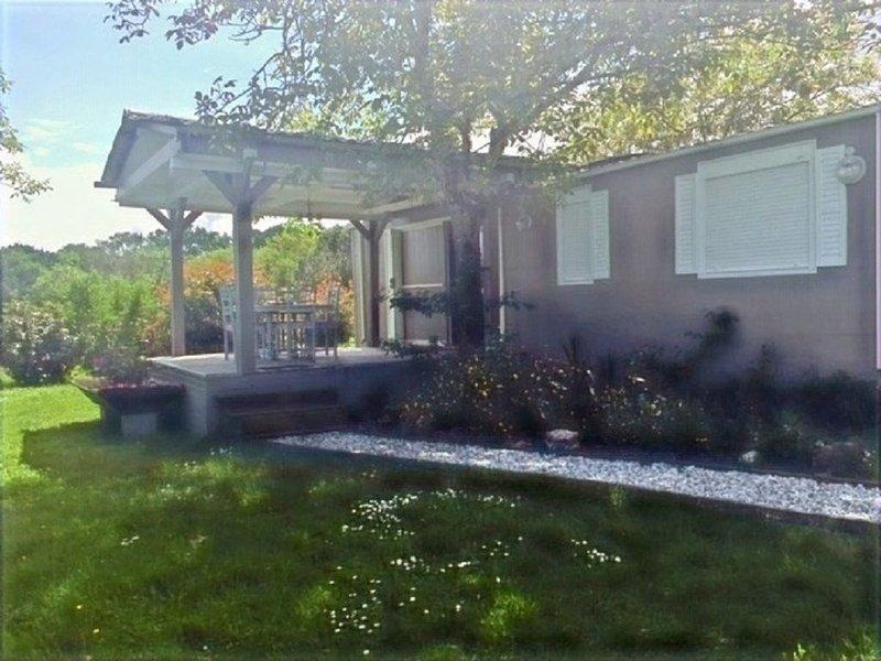 Pittoresque Bungalow avec son parc privé sur une propriété naturelle de 15 Ha., alquiler vacacional en Piets-Plasence-Moustrou