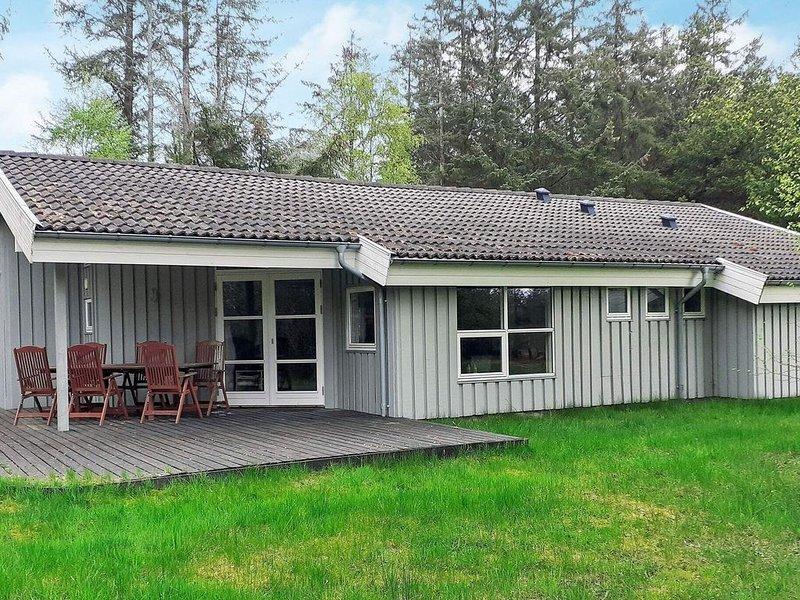 8 person holiday home in Jerup, alquiler vacacional en Kandestederne