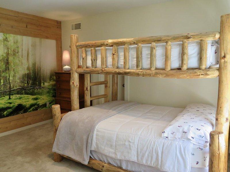 Gorgeous indoor spa, restorative sauna, serene yoga room in private community, location de vacances à Dover
