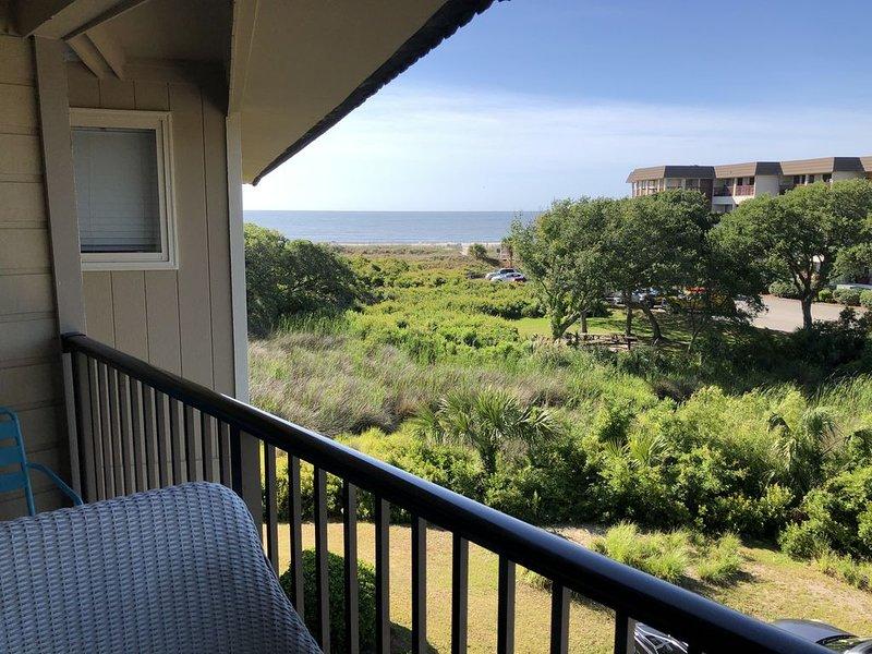 Oceanfront Resort - Ocean View - Beach Villa A329, holiday rental in Hilton Head