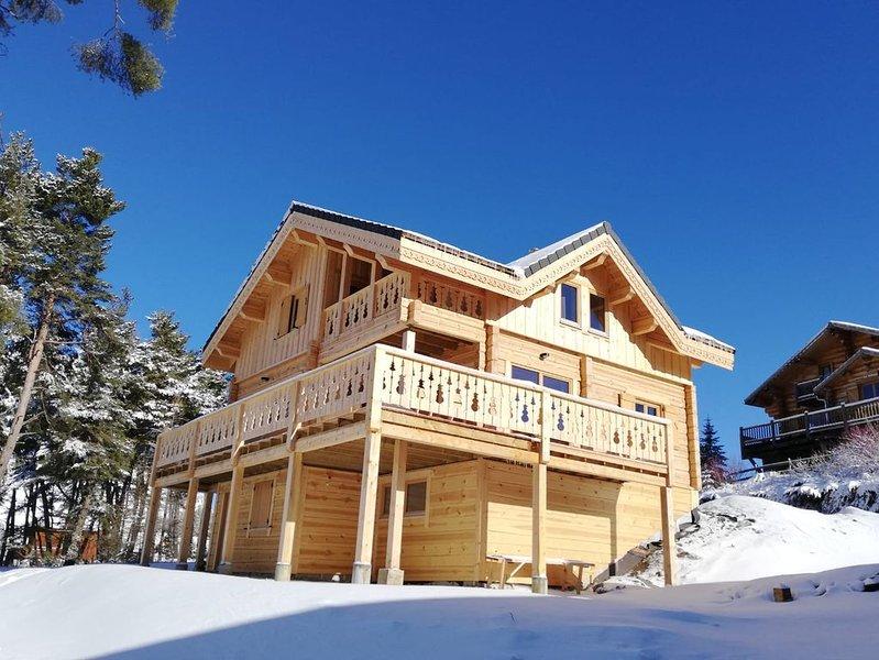 Chalet Cricri du Loup 142M2 capacité 14 personnes avec Sauna et 5 chambres, aluguéis de temporada em Le Devoluy