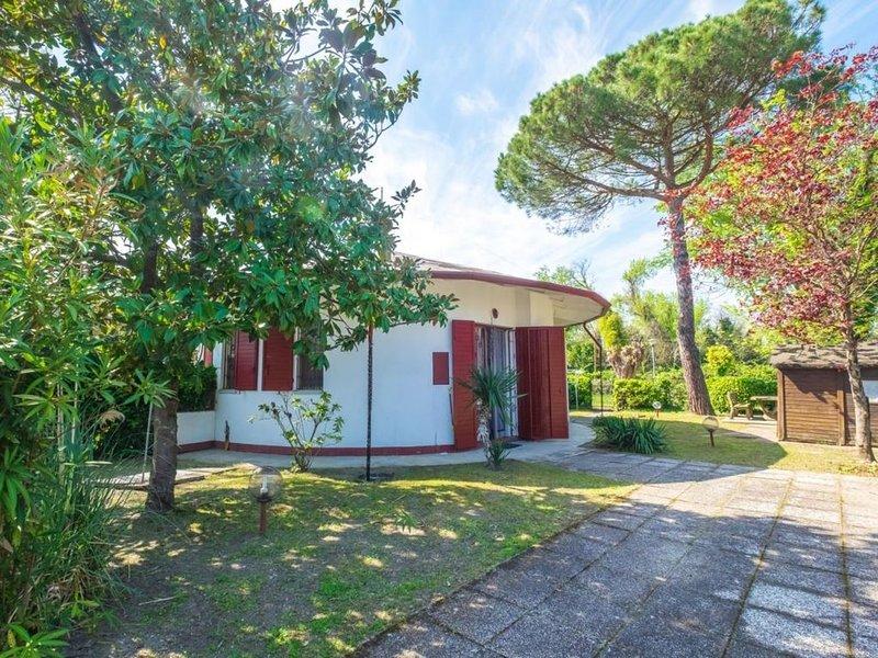 Villetta al Lido degli Scacchi in residence con piscina in zona tranquilla, holiday rental in Ostellato