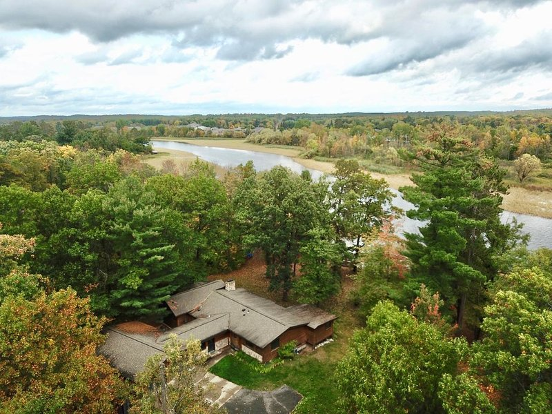Log Sided Cabin on the Mississippi River w/ Lake Pokegama Access!, holiday rental in Deer River