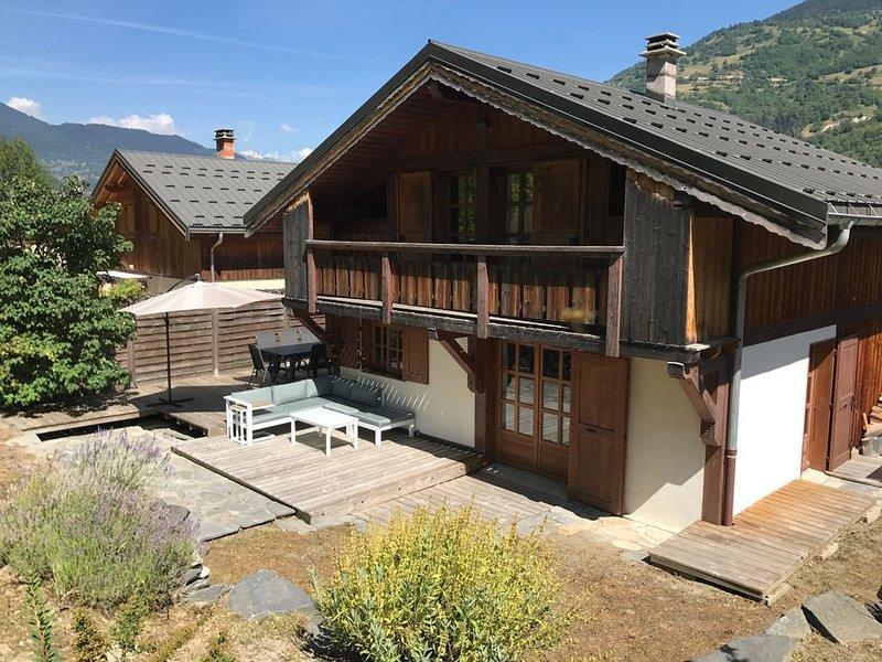 Chalet 110m2,  3 chambres, sur Courchevel, à 2Km de Brides les Bains., holiday rental in La Tania