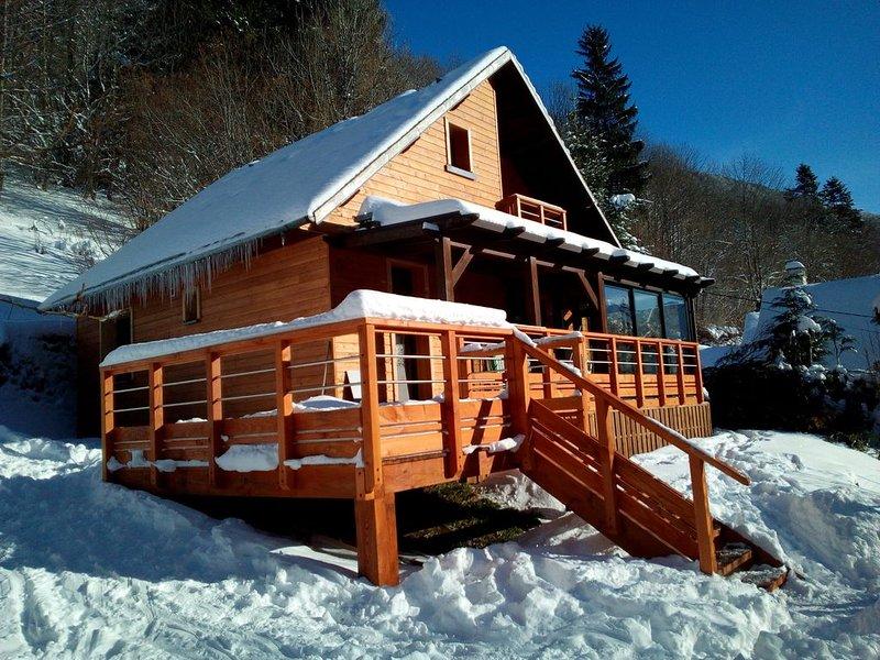 Chalet CAPLUC 10 personnes, location de vacances à Rochefort-Montagne
