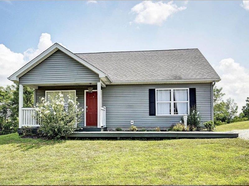 Mint Julep, Lakeside Cottage near Louisville & The Bourbon Trail, location de vacances à Bardstown