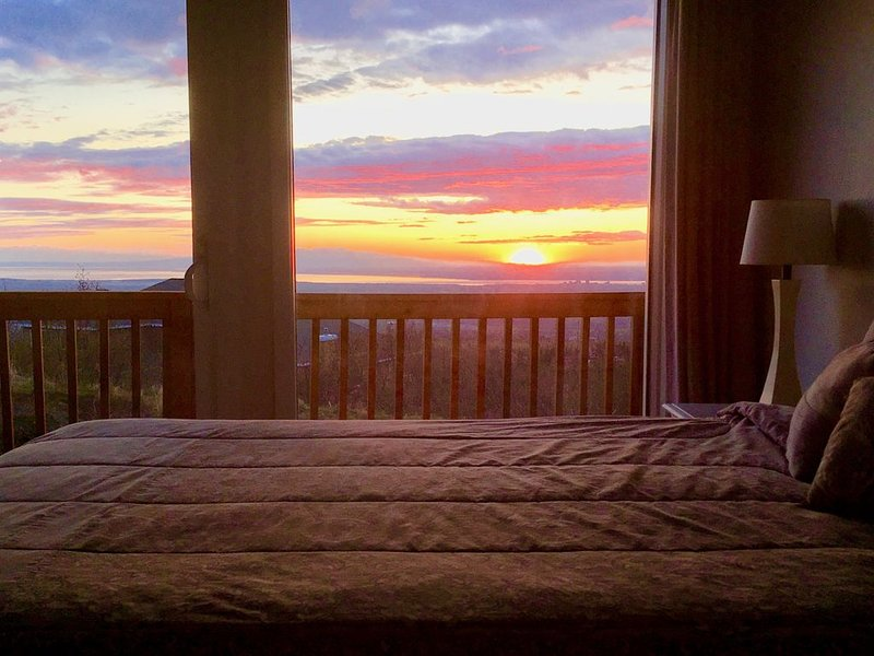 Best Views in Anchorage! Totally Private, Romantic, and Family Friendly Suite!, alquiler vacacional en Hope