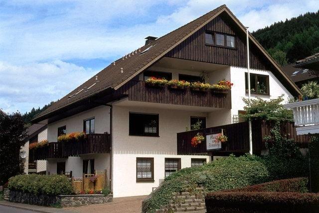 Ferienwohnung Bruchhausen für 2 - 4 Personen mit 2 Schlafzimmern - Ferienwohnung, casa vacanza a Assinghausen