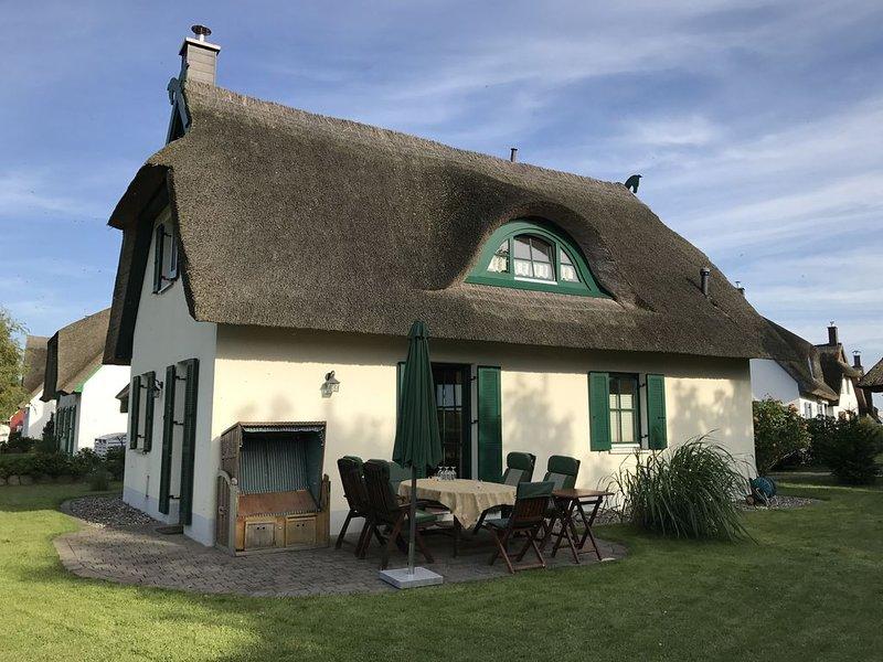 Ferienhaus Glowe für 1 - 4 Personen mit 2 Schlafzimmern - Ferienhaus, vacation rental in Lohme