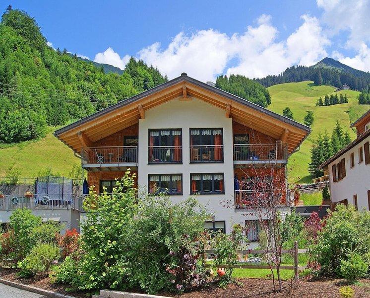 Ferienwohnung Schröcken für 1 - 8 Personen mit 3 Schlafzimmern - Ferienwohnung, holiday rental in Mittelberg