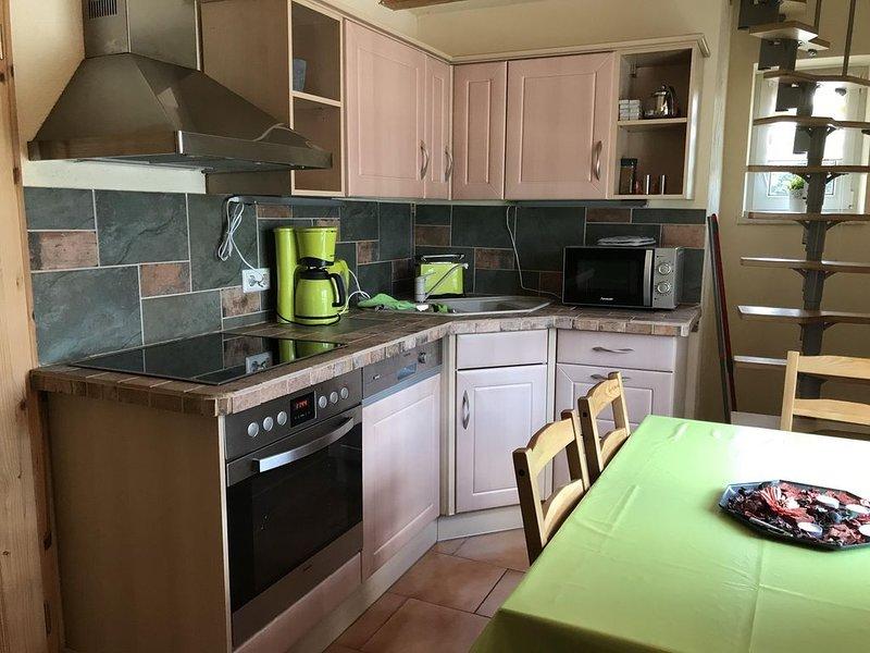 Ferienwohnung Oberwiesenthal für 2 - 4 Personen mit 2 Schlafzimmern - Ferienwohn, casa vacanza a Crottendorf
