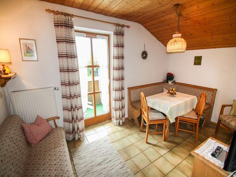 Ferienwohnung Grünlandweg, 55 qm Obergeschoss, 2 separate Schlafzimmer – semesterbostad i Prien am Chiemsee
