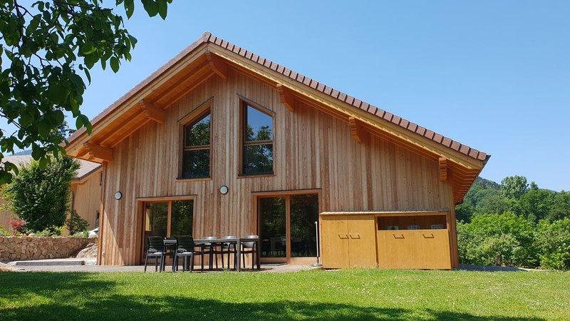 Grand Chalet **** au calme face au château de Kaysersberg surplombant la ville !, holiday rental in Aubure