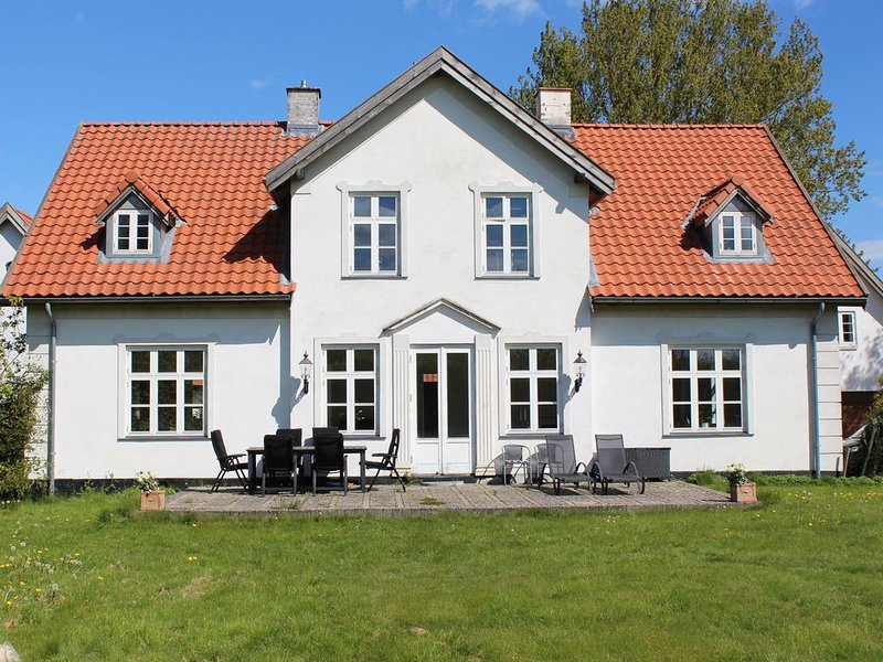 Charming accommodation in a rural setting, holiday rental in Alleroed Municipality