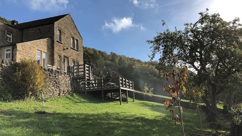 Copy Wood Cottage   Close to Chatsworth, casa vacanza a Darley Dale