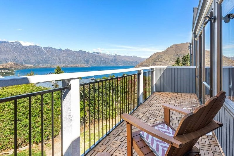 Avalon Views - 2 Bedroom Option, holiday rental in Glenorchy