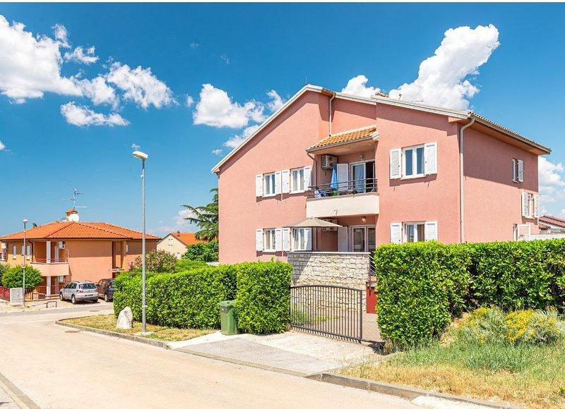 Ferienwohnung Dajla für 1 - 6 Personen mit 2 Schlafzimmern - Ferienwohnung, holiday rental in Fiorini