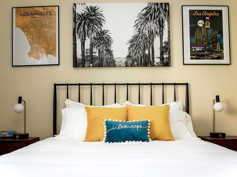 Clean & Spacious | Walk 2 UCI Med | Mins from CHOC, vacation rental in Orange