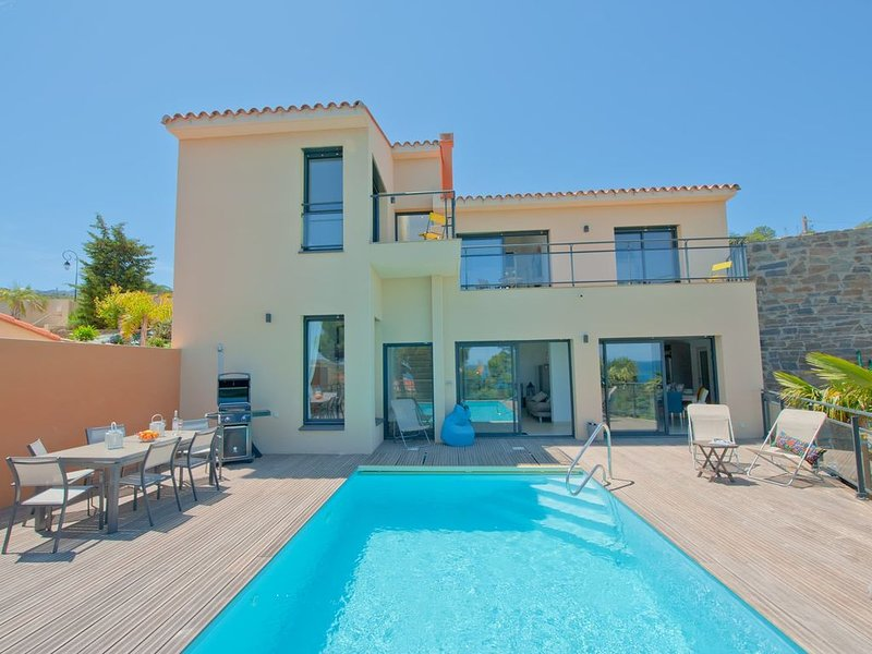 Holiday villa with private pool in Collioure