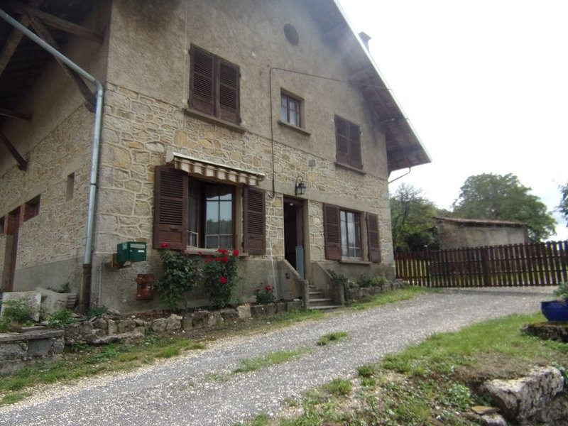 Gîte à la montagne.., casa vacanza a Saint-Rambert-en-Bugey