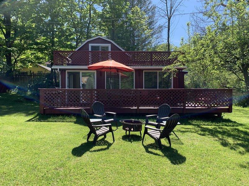 Ashokan Reservior Barn Style home, casa vacanza a Mount Tremper