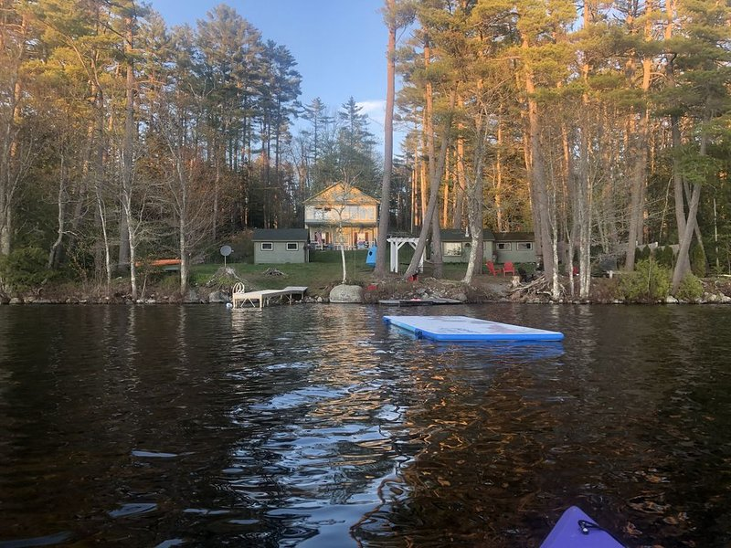 Family Lake House Getaway, alquiler de vacaciones en Jefferson