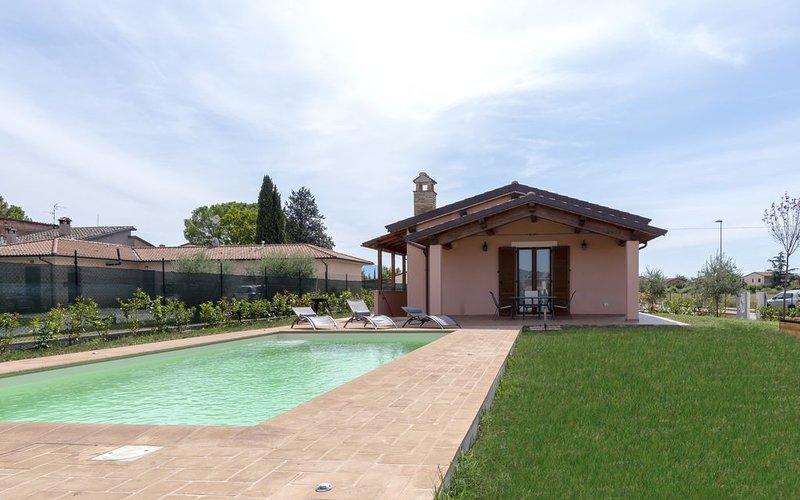 villa con piscina privata Wi-Fi parcheggio privato, holiday rental in Pale