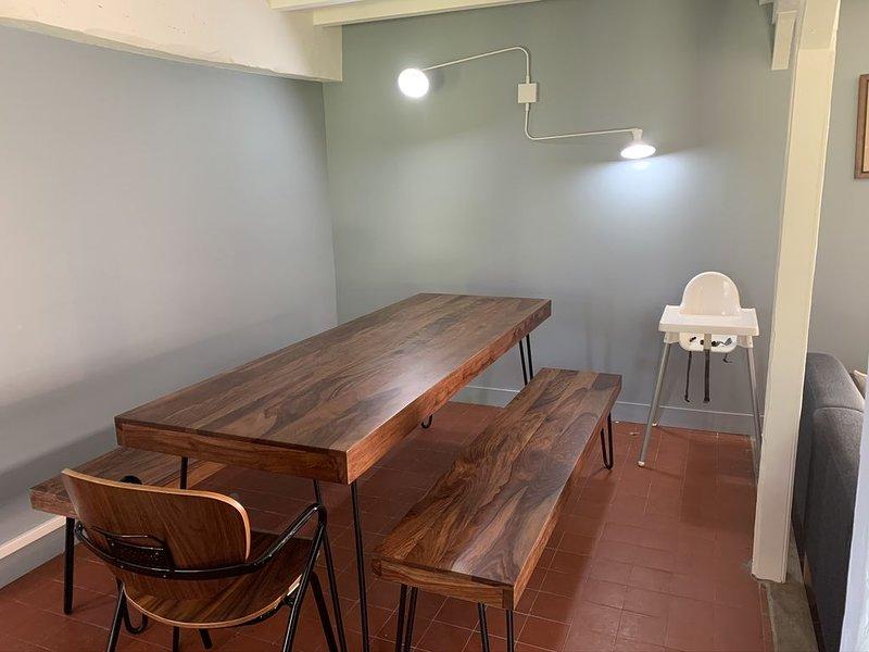 Maison campagne rénovée 2020 sans vis a vis, coeur de la forêt,  pas de bruit, location de vacances à Montroty