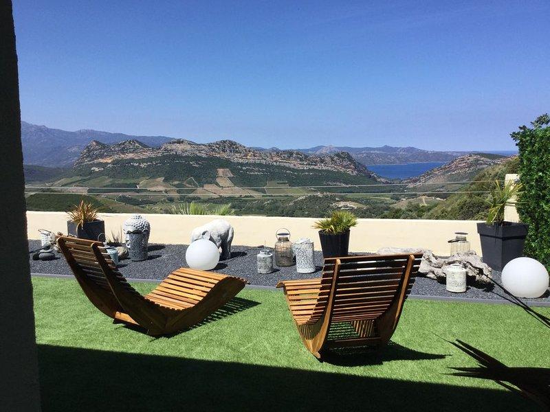Maison avec vue  exceptionnelle sur la baie de St-Florent, location de vacances à Barbaggio