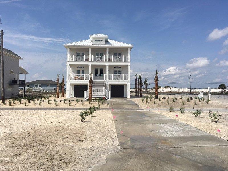 VITAMIN SEA-SEASIDE NEW CONSTRUCTION VACATION RENTAL - FAMILY FRIENDLY, alquiler de vacaciones en Navarre