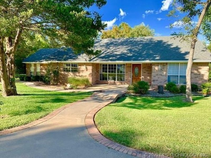 Beautiful House in Caney / Soldier Creek Located at Lake Texoma, holiday rental in Kingston