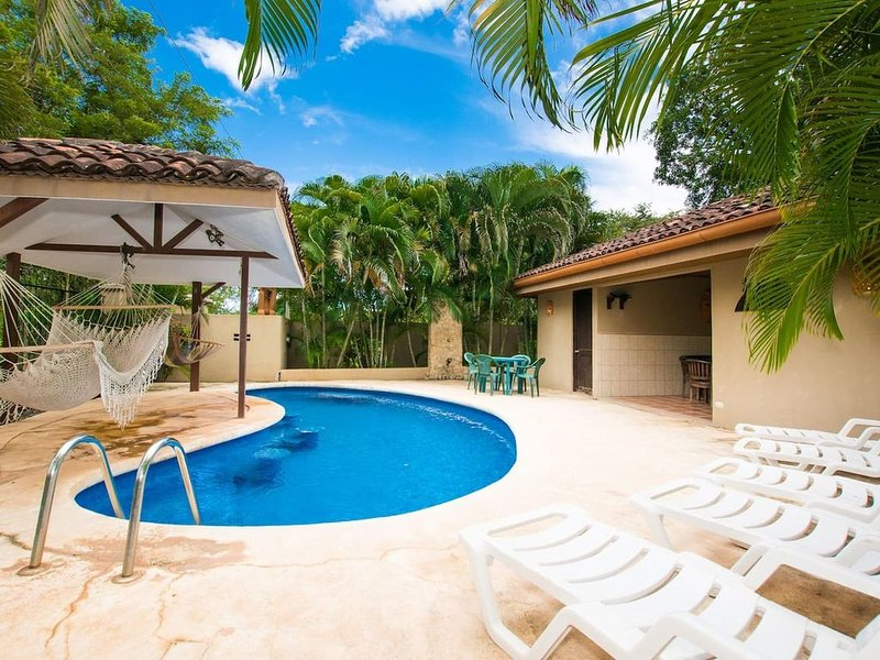 Nicely priced well-decorated unit with pool near beach in Brasilito, vacation rental in Brasilito
